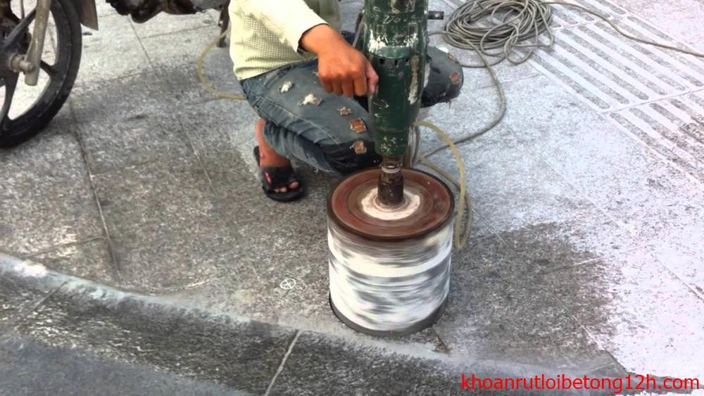 khoan-rut-loi-be-tong-hung-yen-gia-re (1)